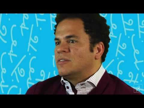 Artist Romero Britto discusses his work and his books teaching pop art lesson (2:19)