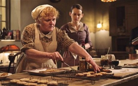 Downton Abbey Series 3 – Sophia McShera and Lesley Nicol discuss kitchen life for Mrs Patmore and Daisy.   Unreality TV