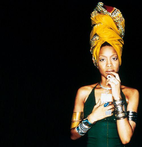 oldschoolhiphoplust:  This Queen Femcee. - The LustErykah Badu.  Queen