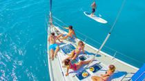 Experince luxury and relaxation onboard a magnificent 50-foot sailboat. Designed for smooth sailing and comfort along with modern facilities, this unique all-inclusive adventure allows you to explore the Caribbean in style