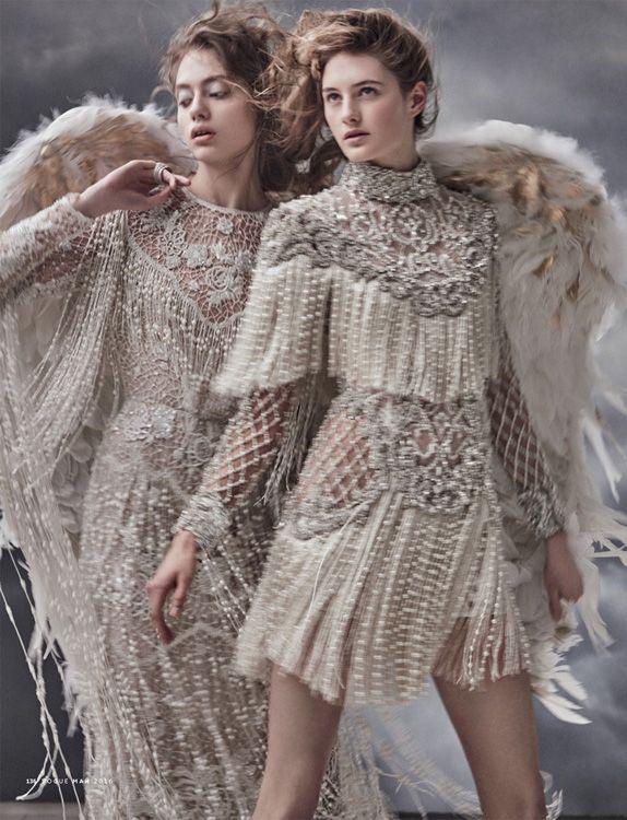Фотосессия «Царевна Лебедь» / Mariano Vivanco / Vogue Russia 2016-05