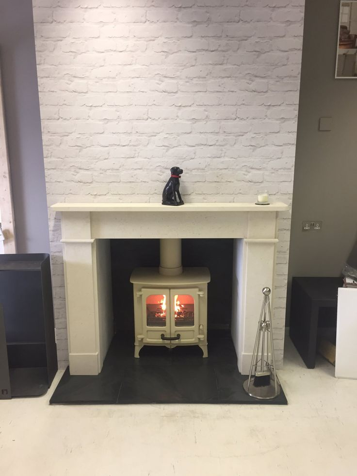 """EcoSolutions on Twitter: """"Just finished and lit the @CharnwoodStoves Island 1 in our showroom. https://t.co/tD3knCiBYh"""""""