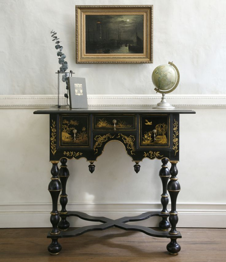 William and Mary dressing table