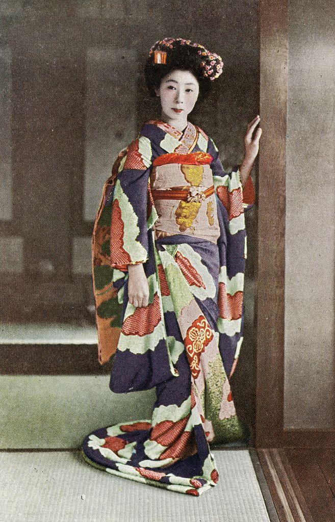 Shibori Hikizuri 1920s Ѯ Maiko (Apprentice Geisha) wearing a beautiful Shibori…