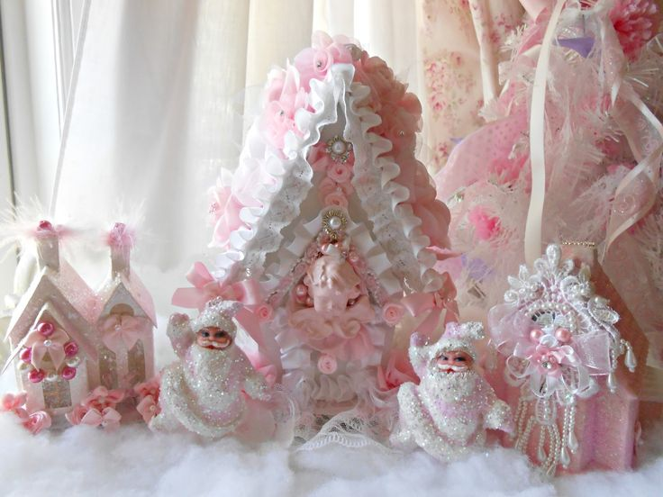 Oliviau0027s Romantic Home: Pink Christmas In July