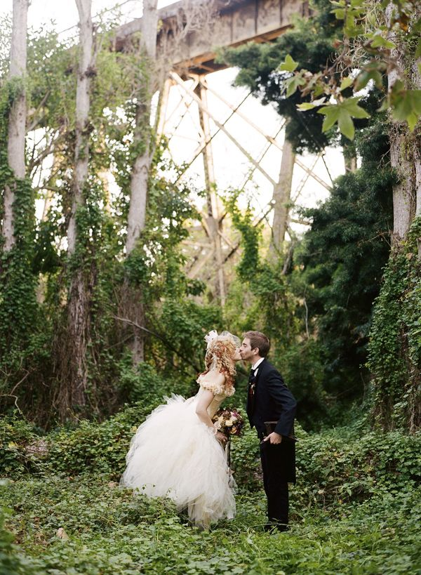 victorian steampunk wedding ... will totally blow you away. Not for everyone but original.: Wedding Ideas, Weddings, Wedding Stuff, Steam Punk, Wedding Dress, Dream Wedding, Steampunkwedding, Victorian Steampunk