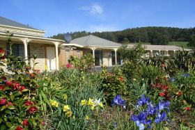 Port Arthur Villas, Holiday Accommodation in Port Arthur, #portarthur #holiday #travel #tasmania www.OzeHols.com.au/56
