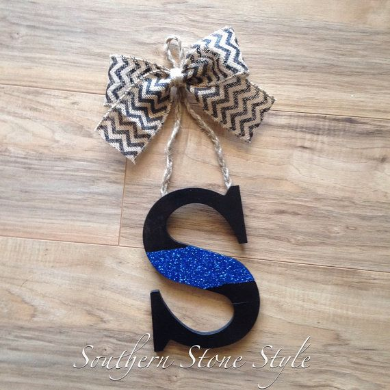 Door letter hanger- thin blue line- police wreath- thin red line- letter hanger for front door