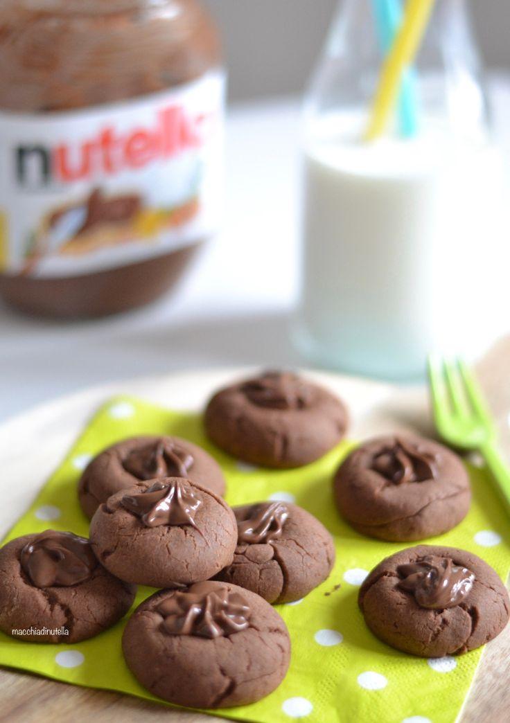 Che io sia malata di biscottite credo sia chiaro. Il biscotto è un comfort food, è un peccato di gola taglia small che si può consumare in qualsiasi occasione. Certo è che se si parla di peccati di…