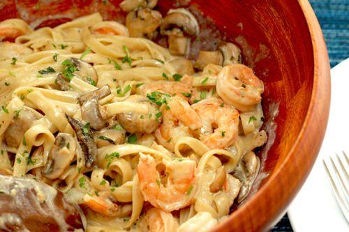 Creamy mushroom and shrimp pasta: Creamy Shrimp, Shrimp Pasta, Food, Recipes, Mushroom Pasta, Mushrooms