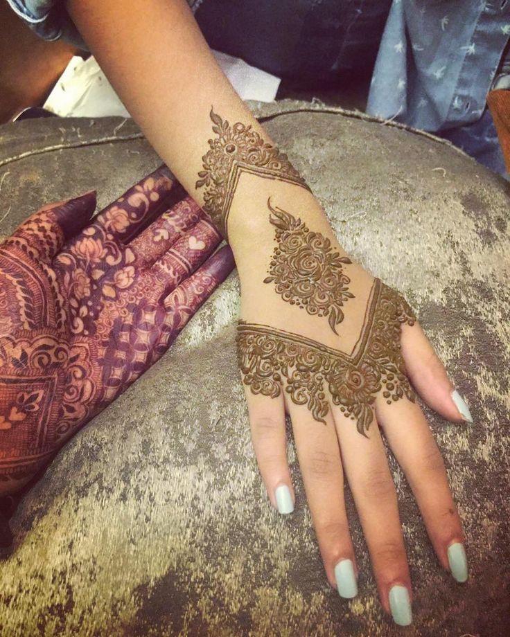 "3,019 Likes, 57 Comments - Armana's art (@shaikh.armana11) on Instagram: ""Inspiration @samiras_henna_designs  ."""