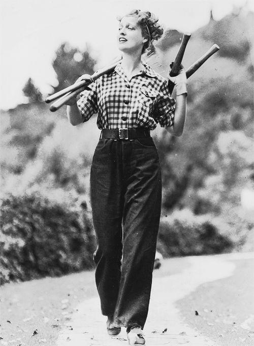 """Love Jeanette MacDonald's practical, yet stylish, 1930s outdoors look here.  The """"prettiness"""" comes from simple good grooming.."""