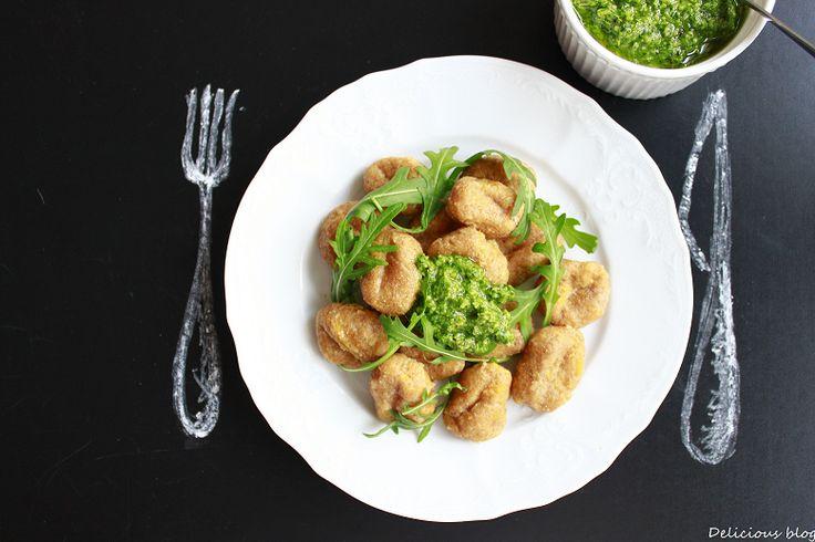 Batátové gnocchi s rukolovým pestem | sweet potato gnocchi with spelt and arugula pesto