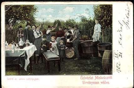 Üdvözlet Miskolcról; Szüret az avasi szőlőhegyen | Képeslapok | Hungaricana