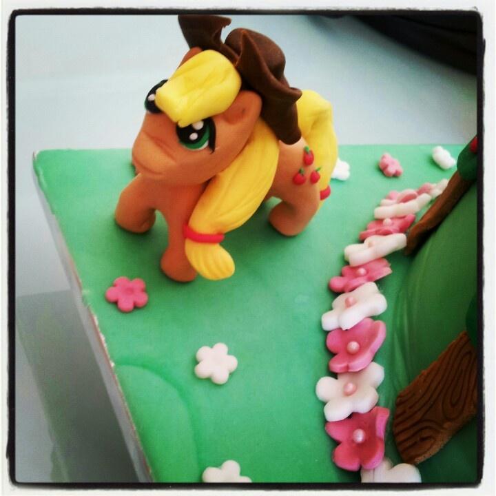 My little pony cake - Applejack
