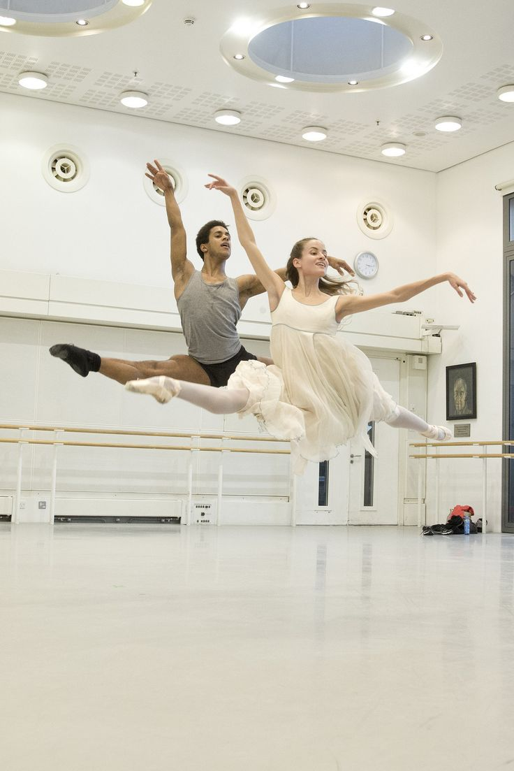 Marcelino Sambé and Leticia Stock in rehearsal for The Nutcracker, The Royal Ballet © 2015 ROH. Photograph by Andrej Uspenski