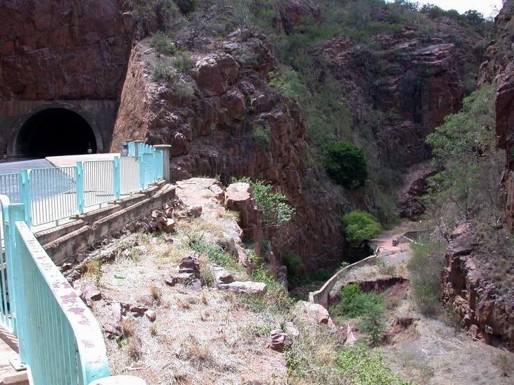 The new route - through the tunnel, the old route - through the rocky gorge. Limpopo Province, SA