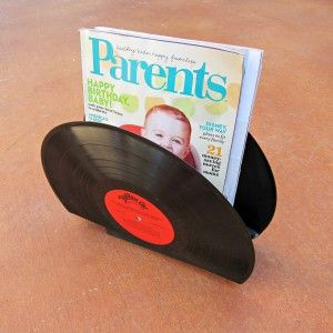 Magazine-Holder-made-with-Records