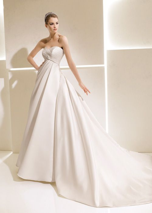 La Sposa SAMOA - La Sposa - Bridal Gowns