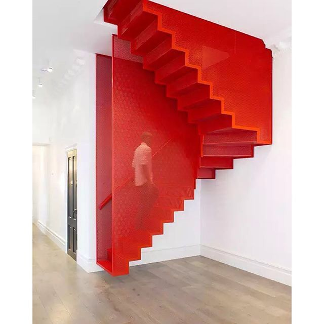 Block colour - Staircase