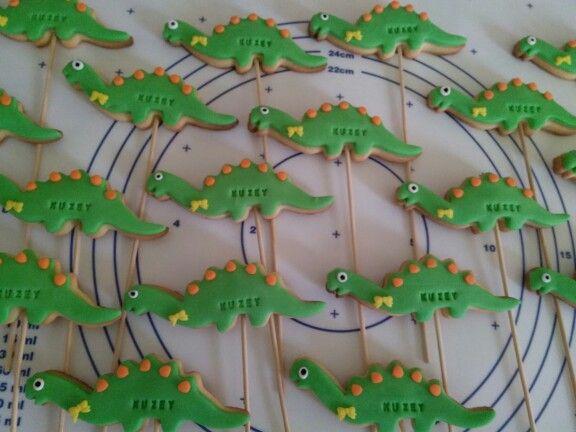 Dinazorlu dogum gunu kurabiyeleri