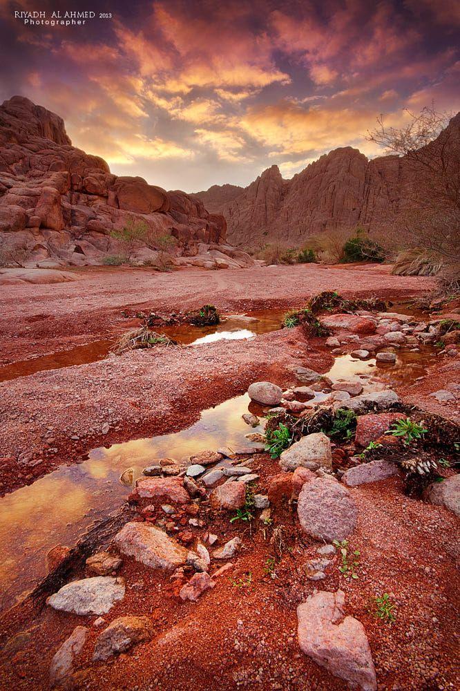 Pin By Shadi Abd Elsalam On Arabia Felix Landscape Red Sunset Building Art