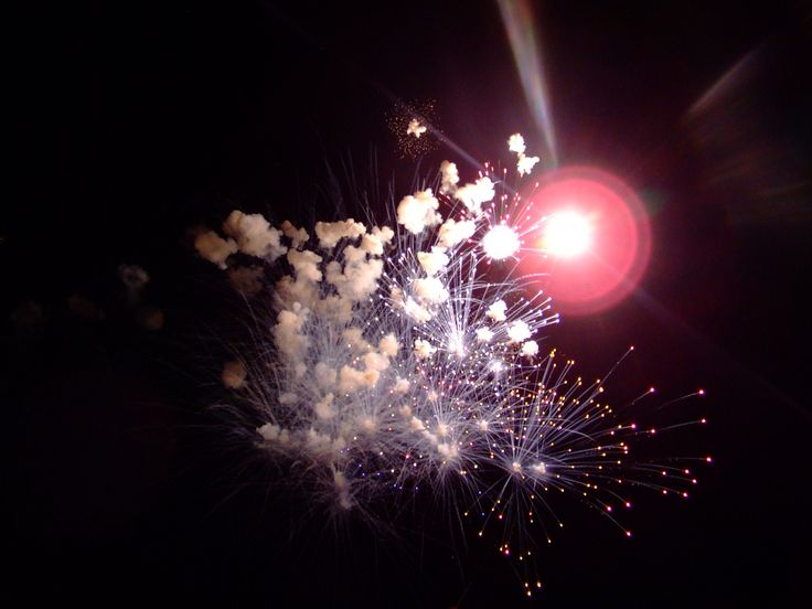 https://flic.kr/p/8KLsPA | End of Night Fireworks