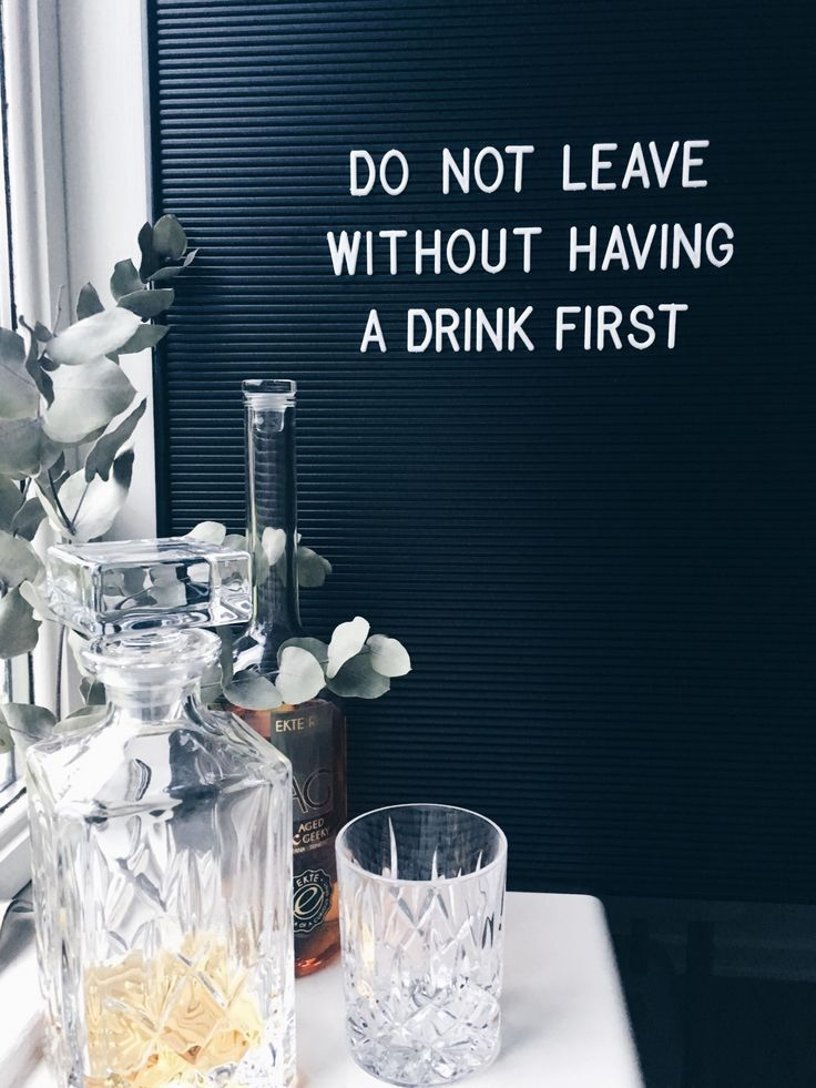 Bogstavstavle - do not leave without having a drink first - cheers