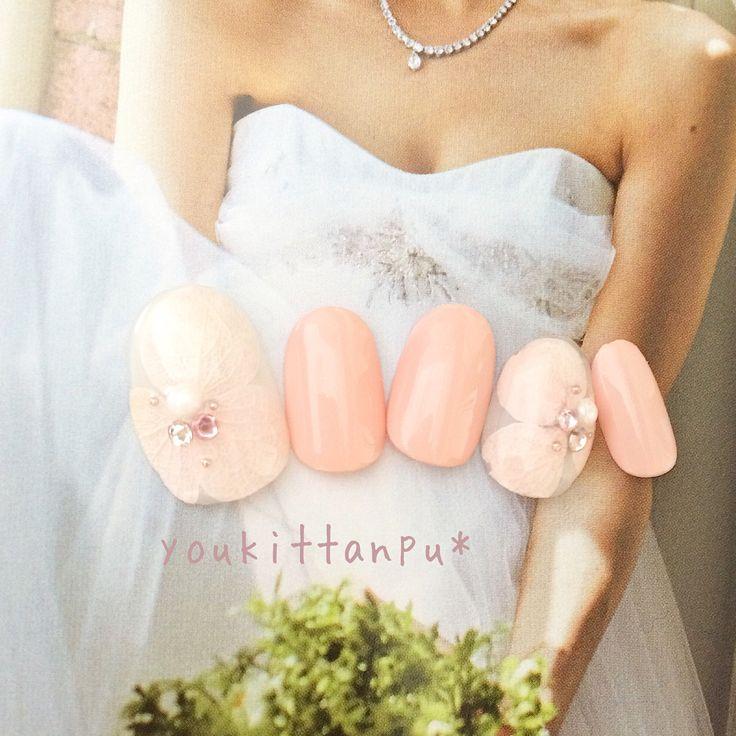 . 結婚式に 押し花 想いⅡ . ブライダルに人気のデザインです。 . . https://minne.com/items/10518566 . . https://www.creema.jp/item/4500408/detail . . . 特別な日の装い、 指先も素敵にコーデ💅 . . . . . あーもうすぐ結婚式なのに (前撮りなのに) ネイルがまだ~~😱という方、 youkittanpu*には お急ぎ便・特急便があります🎁 . . 詳細は各アプリにて📱 #ミンネ #クリーマ #ラクマ ココナラハンドメイド フリル にて #ジェルネイルチップ販売 中です。 . . ❤️はじめての方も安心❤️ お取り引きの流れに沿って 採寸のやり方、 チップのつけ方のコツなど ガイドメッセージを お送りしています(^-^)/ . . . お出かけに、 #結婚式 #成人式 #前撮り に🌸 . . . . ラクマで2点以上購入の場合、 お値引きサービス始めました❤️ . また会員登録時に #ラクマ招待コード 94hsYLRo 入力で 100円分の楽天スーパーポイント ....