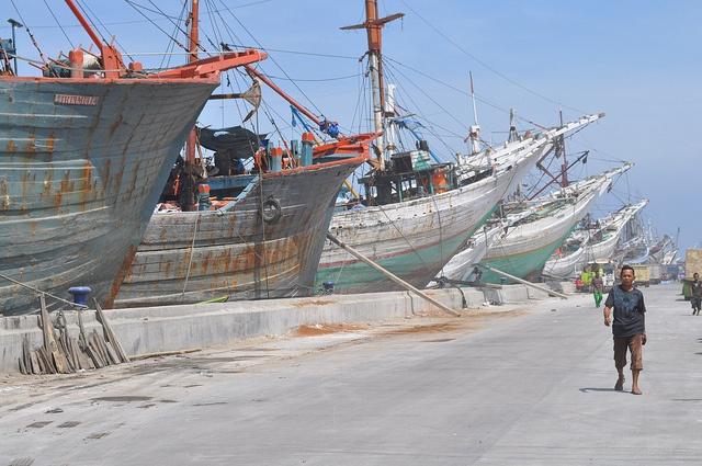 Makassar schooners Makassar Schooners in the Old Port, Sunda Kelapa, Jakarta, Indonesia