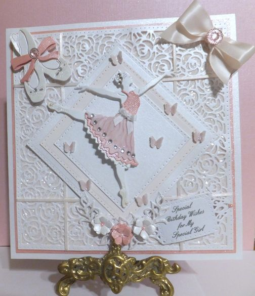 Cotswold Crafter: Sheila's beautiful card for Nikki