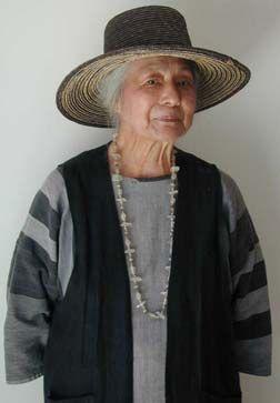 Toshiko Takaezu: Portrait of a Ceramic Artist.