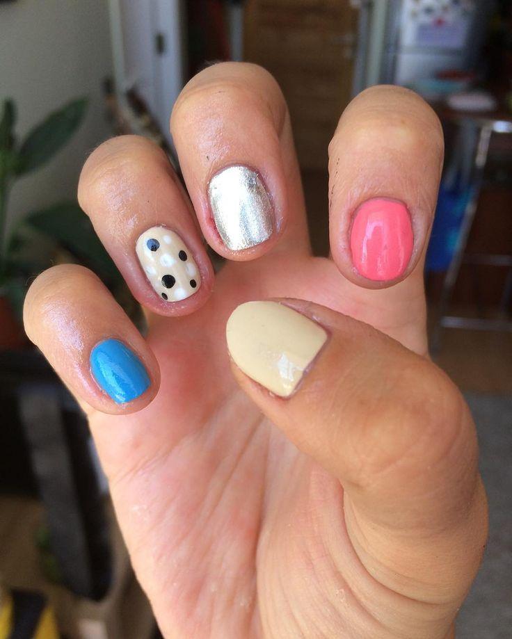 Colores pasteles y veraniegos (inspiración #frenchbeautyspas) ☀️✨💅🏼#instanailschile #instanails #instadesign #nails #naildesing #nailschile #nailart #nailartchile #nailartdesign #manicure #manicurechile #uñas #unhas #nail #nailpolish #nailswag #nailcandy #opi #opipolishcollections #opipolishes