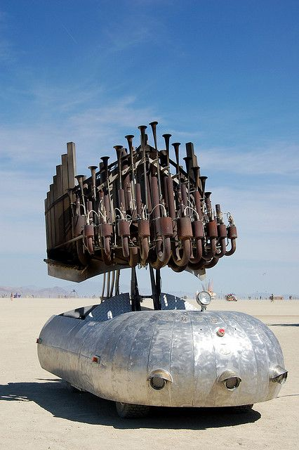 Burningman artcars | organ_burning_man_art_car