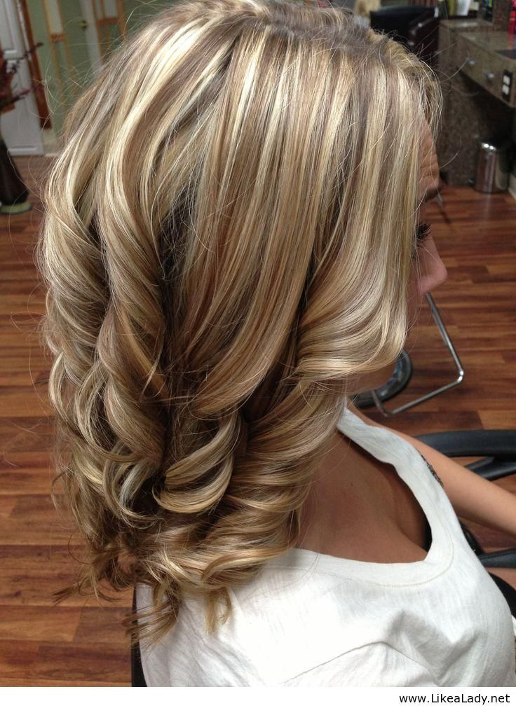 Beautiful medium blonde hairstyle