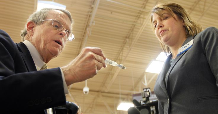 Kroger is jumping into the fight against opioid and heroin overdose deaths in the region.