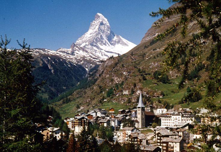 Image from http://swisshiking.com/wp/wp-content/uploads/2012/09/Village-of-Zermatt.jpg.