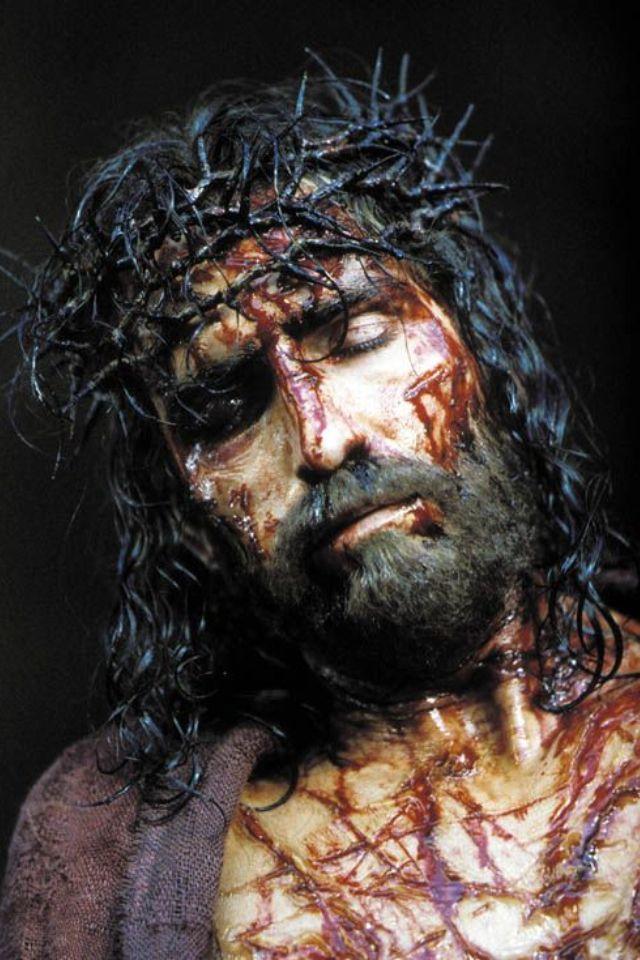 «¡Crucifícalo! ¡Crucifícalo!».  (Lucas 23, 21), / The Passion - http://www.vatican.va/archive/ESL0506/_FA.HTM