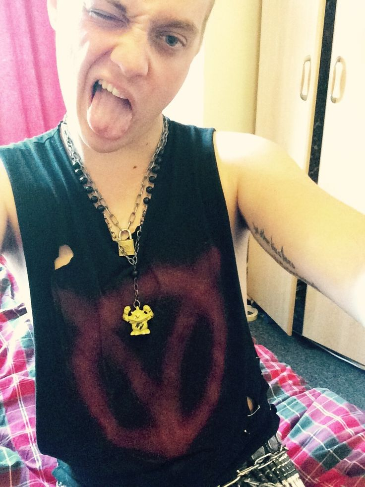 the-punk-prophet:    I made a new top and necklace (I found that Electabuzz in a skip and he is my favourite Pokemon) pokemon pokemon diy diy pokemon toys pokemon stuff