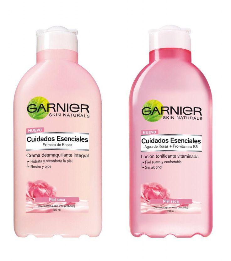 botellas de productos capilares agua de rosas