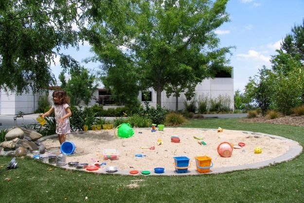 Kids playground need soft and safe surfaces. Do you dream to add a fun playground design to your backyard landscaping? Beautiful green lawn for your yard or rubber tiles for a playground area are great choices. Lushome shares a few tips for selecting the best surfaces for kids playground and inspira