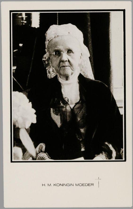 Rouwfoto Koningin Emma, 1934