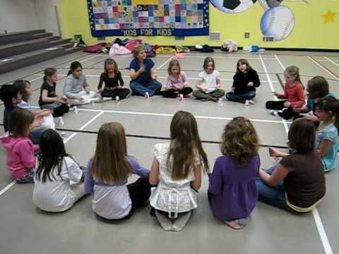 Cup rhythms and passing. Use with lower elementary! - YouTube-Denise Gagne