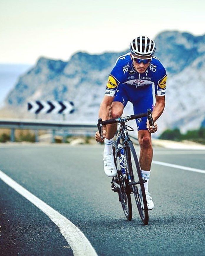 Julian Alaphilippe https://www.uksportsoutdoors.com/product/brand-new-2016-24-probike-melody-girls-mountain-bike-rrp-209-99-2-x-free-schwalbe-tubes-and-skyscape-caps-worth-rrp-14-99-free-shipping/
