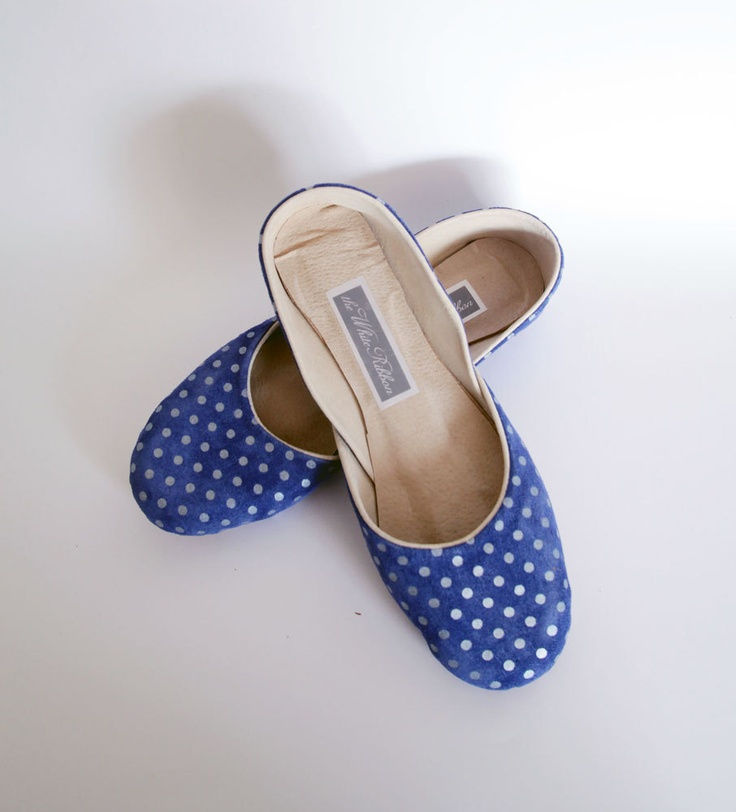 dots: Fashion Shoes, Polka Dots, Shoes Fashion, Fashion Design, Flats Shoes, Girls Fashion, Dots Sho, Fashion Trends, Girls Shoes