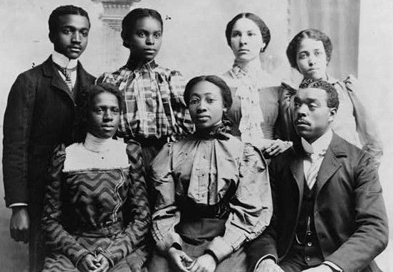 a look at the state of slavery in the fifteen hundreds Slavery in the south has been documented in volumes ranging from  hundreds of businesses  the union committee of fifteen had called a meeting at the.
