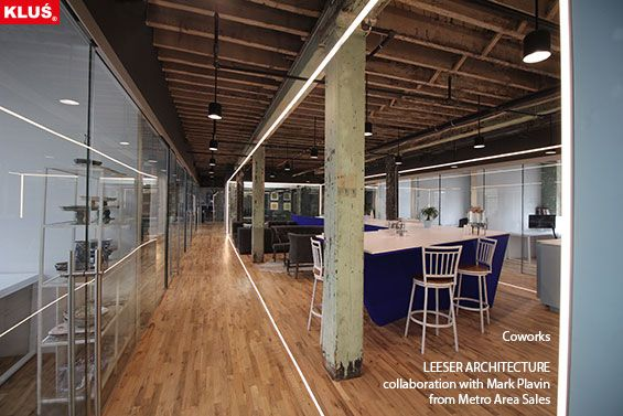 KLUS lighting composition with the use of HR-LINE and GIP profiles brings the space an elegant and modern look.