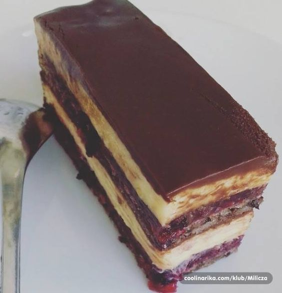 ŠUMSKA VILA KOCKE… CISTA FANTAZIJA OD KOLACA, SUPER SASTOJCI.   Torte i kolacici