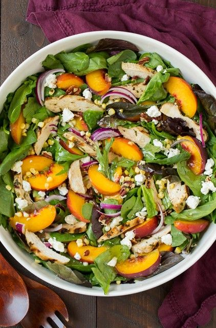 Peach+Salad+with+Grilled+Basil+Chicken+and+White+Balsamic-Honey+Vinaigrette