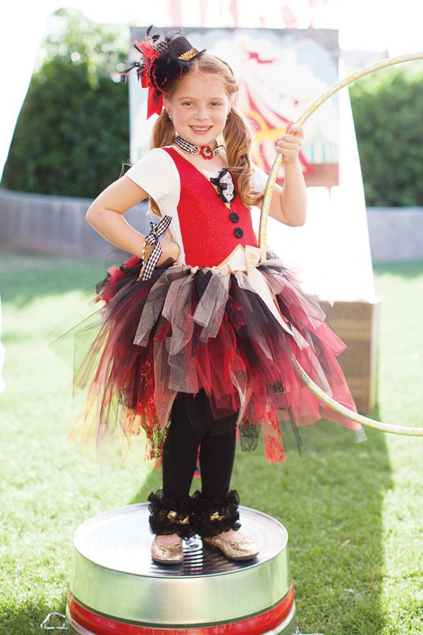 Under the Big Top Circus Party {+ Kids Costumes} // Hostess with ...